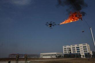 Un-drone-lance-flammes